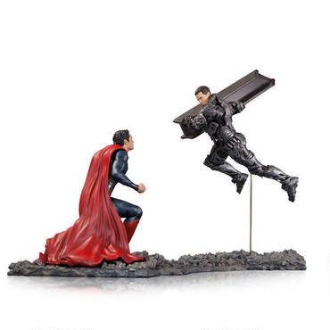 Man-of-Steel-Superman-vs-Zod-Statue-2